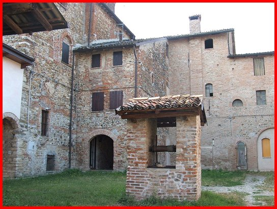 Castello di breno frazione di borgonovo val tidone - Finestre castelli medievali ...