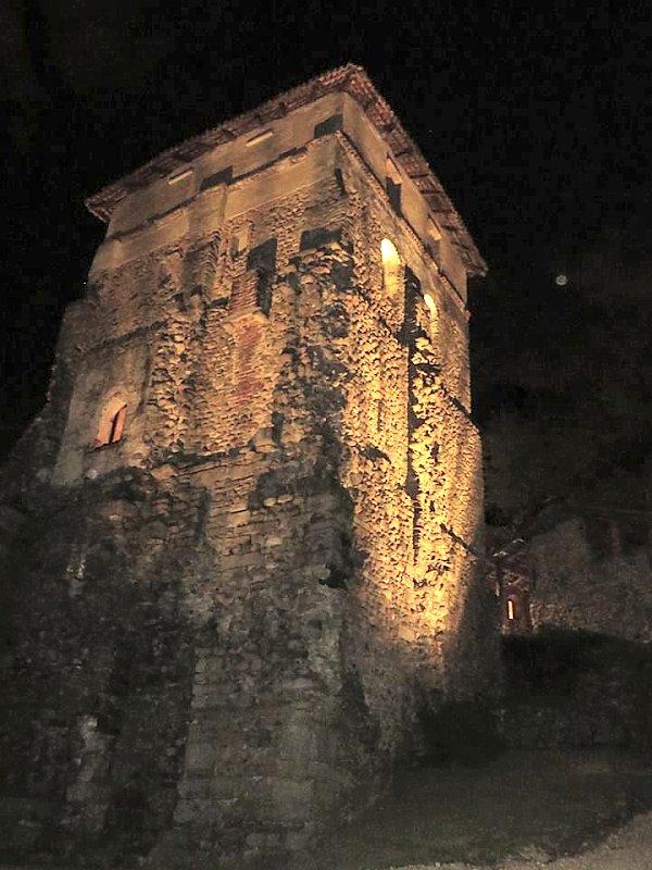 Tutte le fortificazioni della provincia di varese in sintesi castelli della lombardia - Finestre castelli medievali ...