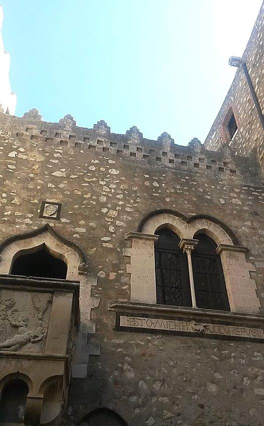 Tutte le fortificazioni della provincia di messina in sintesi castelli della sicilia - Finestre castelli medievali ...