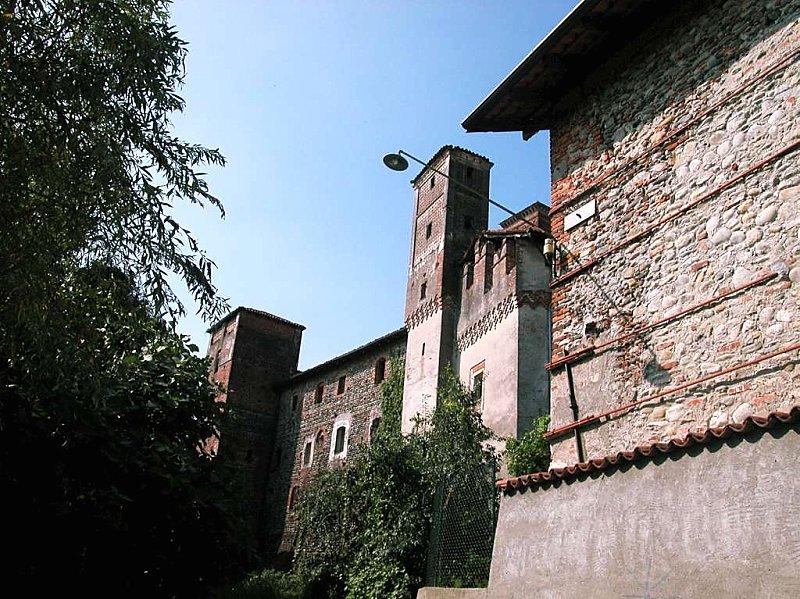 Castelli della provincia di vercelli pagina 2 castelli del piemonte castelli italiani - Castello di casanova elvo ...