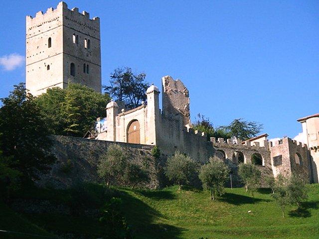 Risultati immagini per Castello del Vescovo a Vittorio Veneto - immagini